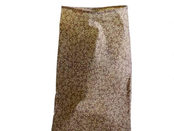 Emballage à la cire d'abeille. Conservez vos aliments durablement et oubliez le plastique. 18X30cm. Lavable, réutilisable. https://labeillemballeuse.fr/